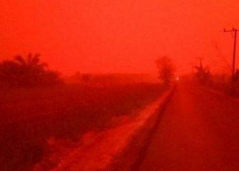 Kabut asap di Jambi sempat memerah/Net