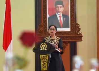 Ketua DPR RI Dr. (H.C.) Puan Maharani saat pidato Penandatanganan Nota Kesepahaman DPR RI dan BPIP RI serta talkshow bertema 'Internalisasi Nilai-Nilai Pancasila dalam Peraturan Perundang-Undangan', di Ruang Pustakaloka, Gedung Nusantara IV, Senayan, Jakarta, Senin (21/6/2021)